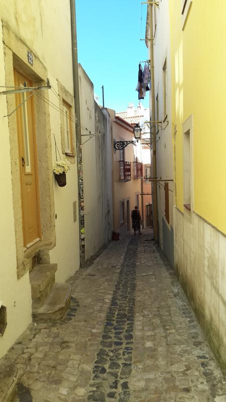 20170727 162732 Lisszabon a Castelo de S. Jorge felé