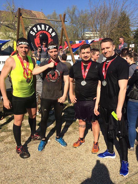 Fekete Pisti - Spartan race
