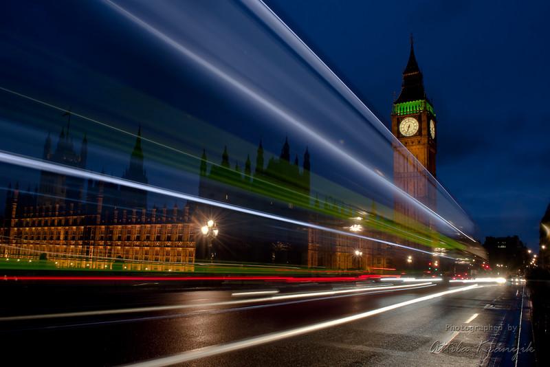 AtiGB: Fénysebességgel Londonban 01