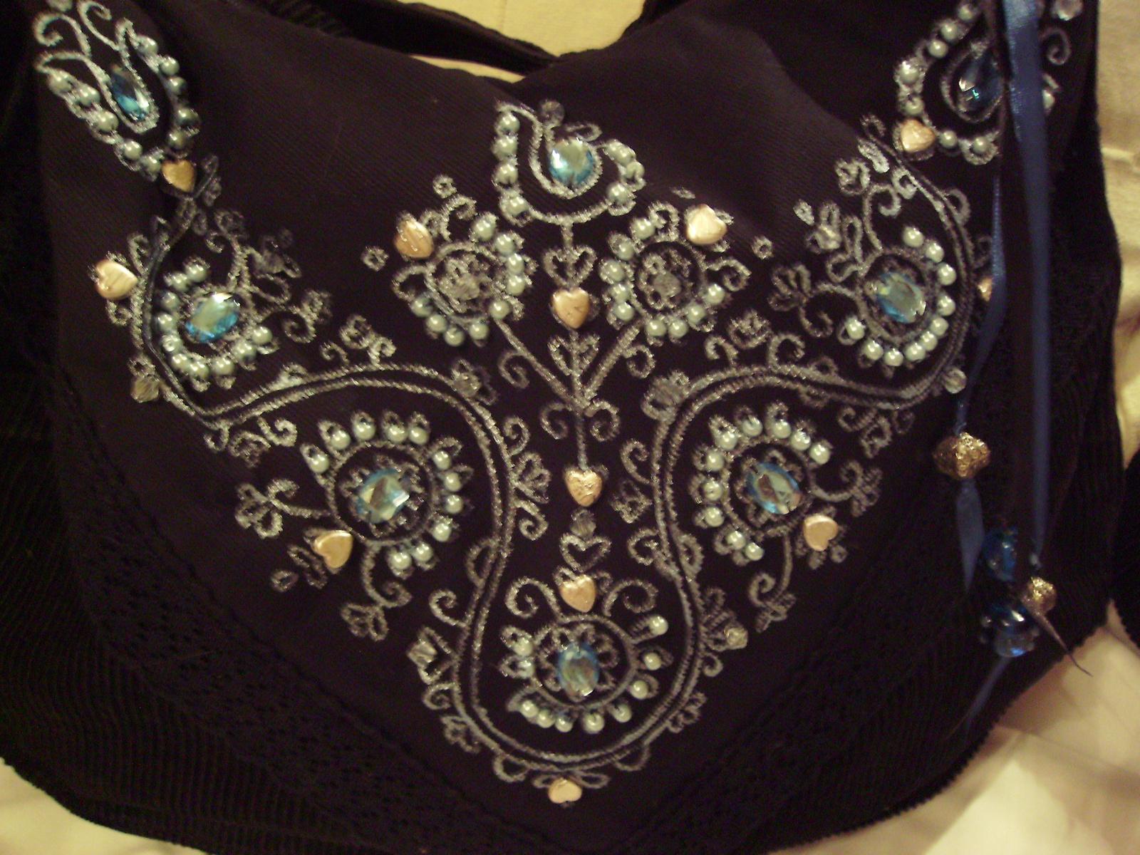 07 Fekete-kék kordbársony elegáns táska