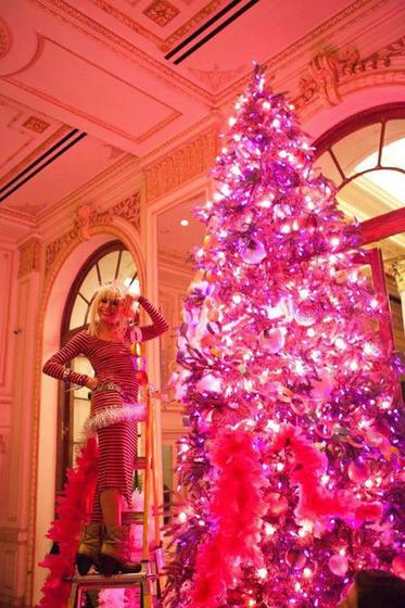 The Strange: betsey christmas tree1