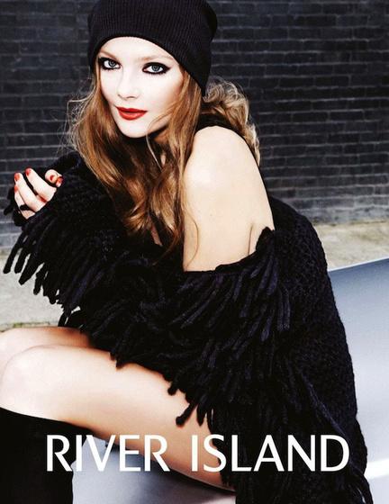 The Strange: riverisland1