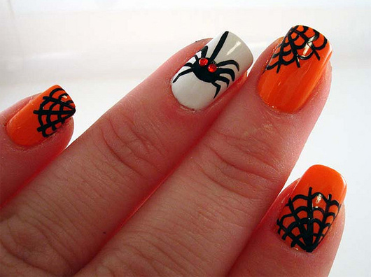 The Strange: nails16