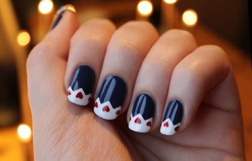 The Strange: manicure6