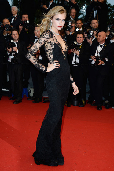 The Strange: cara-cannes-burberry2