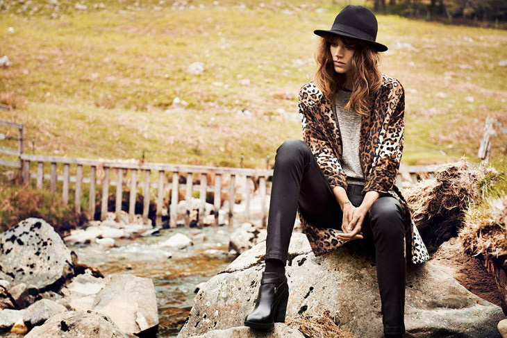 The Strange: Freja-Beha-Erichsen-Reserved-Fall-Winter-2013-01 - indafoto.hu