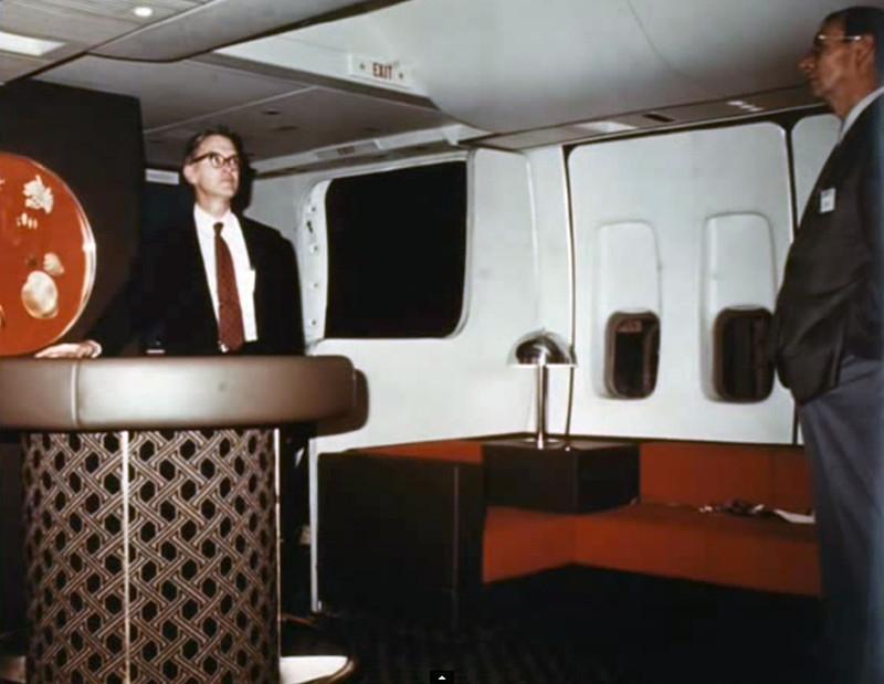 8 boeing 747