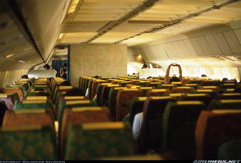 23 boeing 747