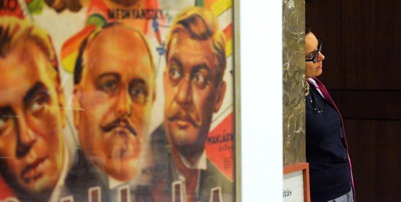 Finisszázs. A magyar hangosfilm plakátjai 1931–1944
