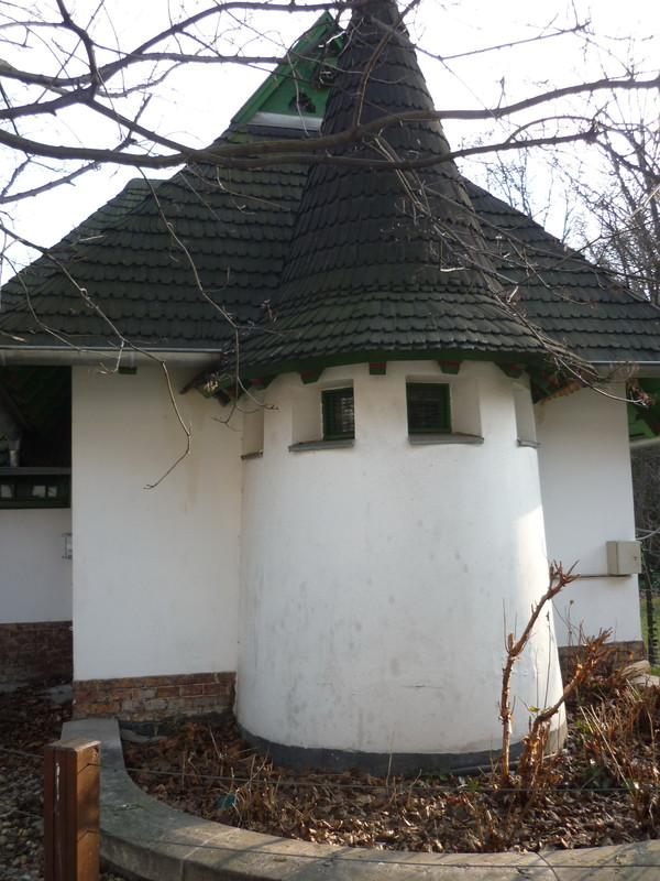 fovarosi.blog.hu: Allatkert-20110220-155-Bambihaz