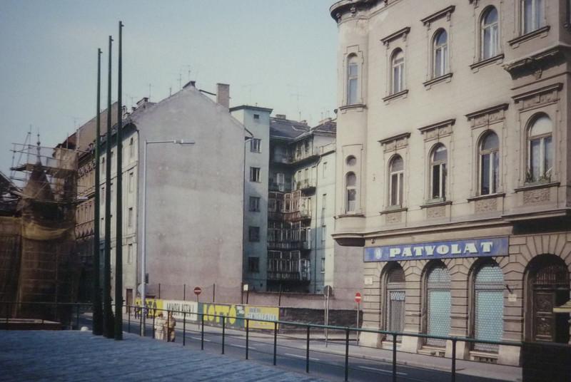 fovarosi.blog.hu: FranciaIntezet-1980asEvek-UresTelek