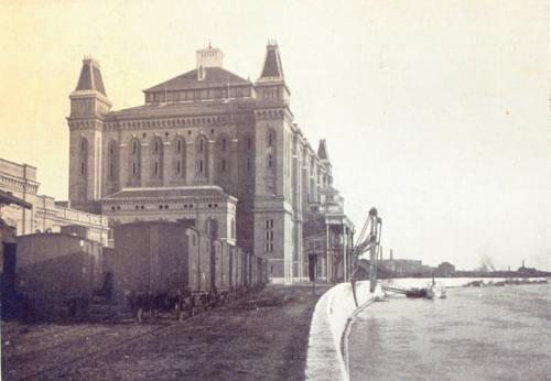 fovarosi.blog.hu: Elevator-Kozraktarak-1909-01