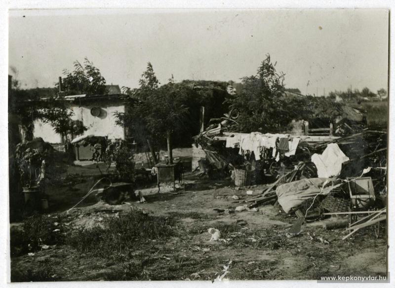 fovarosi.blog.hu: Nepstadion-1930-NyomortanyaANepstadionHelyen-kepkonyvtar.hu