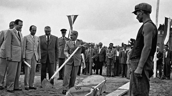 fovarosi.blog.hu: Nepstadion-19480712-EpitkezesKezdete-mnsk.hu