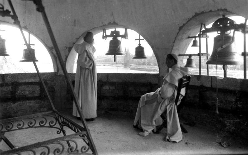 fovarosi.blog.hu: GellertHegyiPalosKolostor-1930asEvek-Harangtorony-fortepan.hu-69 - indafoto.hu