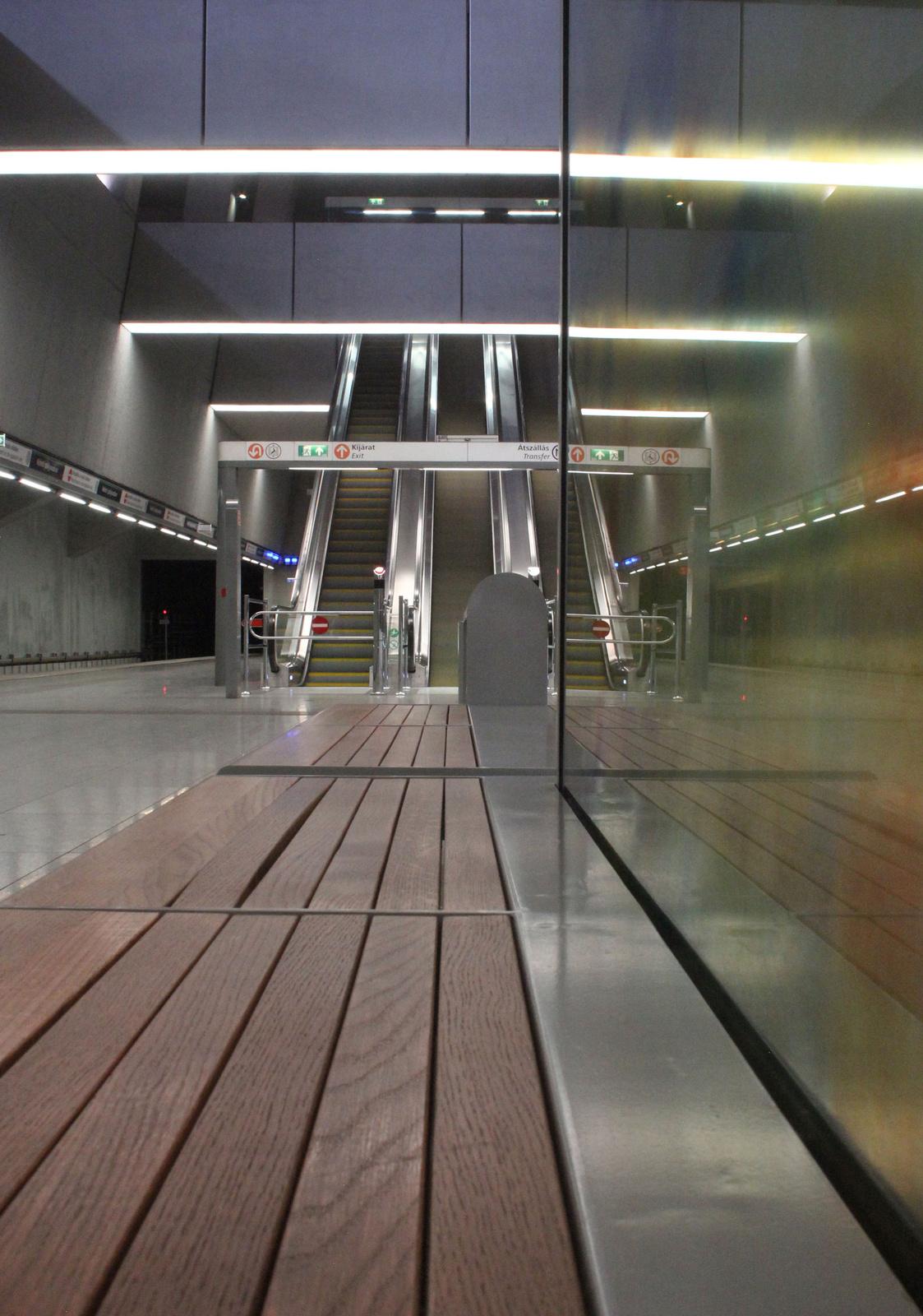 fovarosi.blog.hu: Metro4-BarossTer-20150419-10 - indafoto.hu