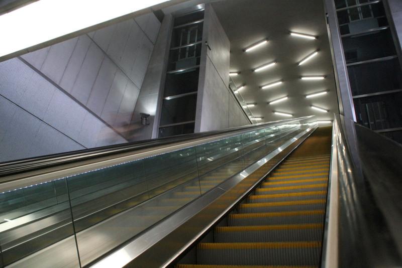 fovarosi.blog.hu: Metro4-BarossTer-20150419-11 - indafoto.hu