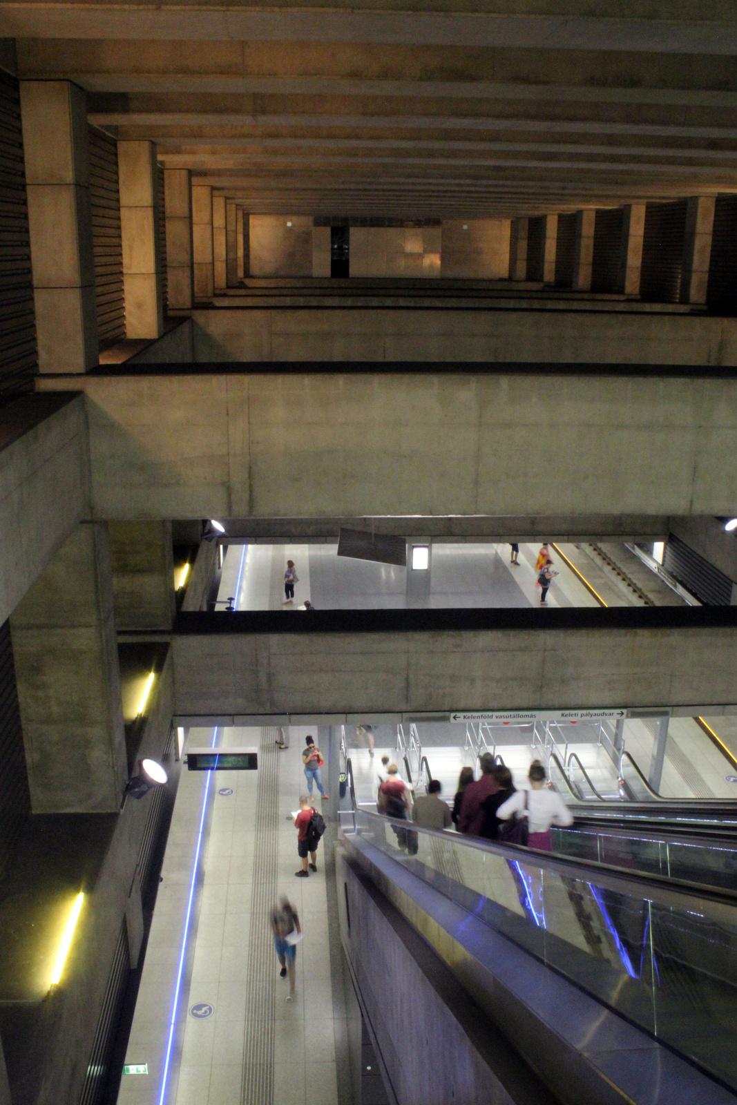 fovarosi.blog.hu: Metro4-IIJanosPalPapaTer-20150605-13 - indafoto.hu