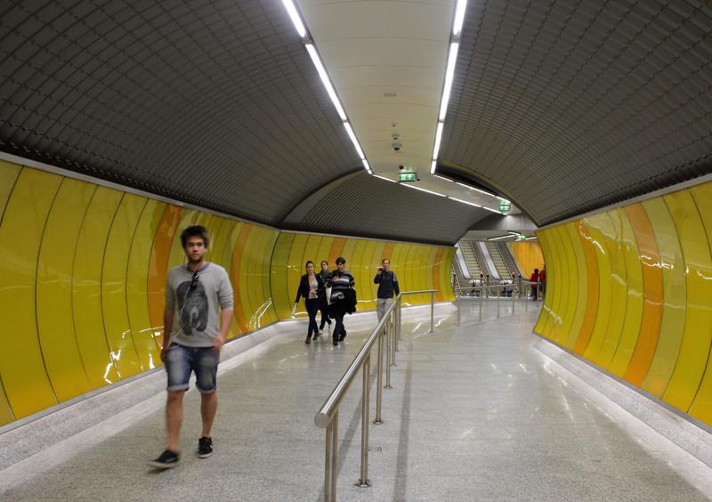 fovarosi.blog.hu: Metro4-20140329-47 - indafoto.hu