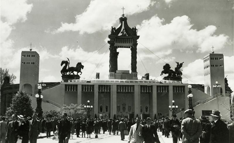 fovarosi.blog.hu: HosokTere-1938-EucharisztikusKongresszus-fortepan.hu-85165 - indafoto.hu