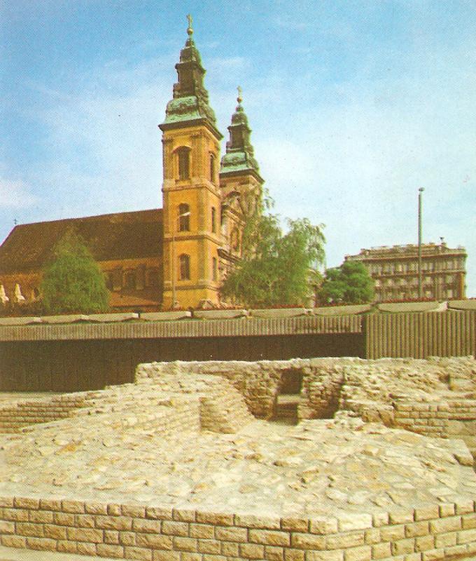 fovarosi.blog.hu: Marcius15Ter-BudapestKonyv1975 - indafoto.hu