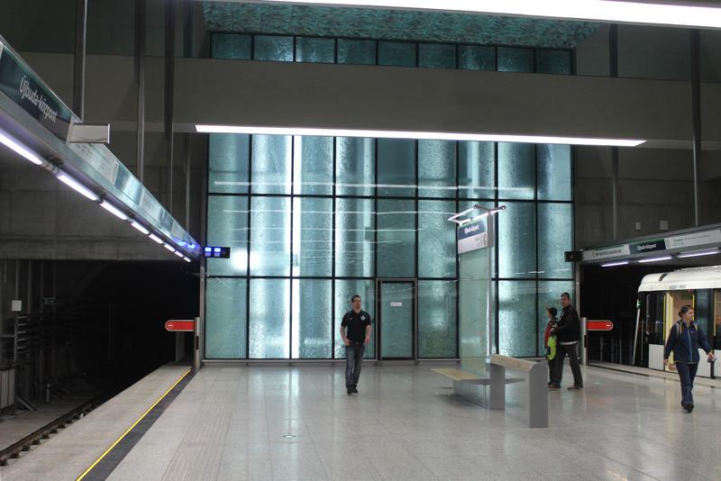 fovarosi.blog.hu: Metro4-UjbudaKozpont-20140329-01 - indafoto.hu