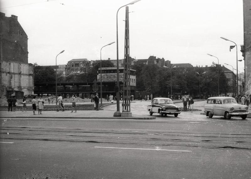 fovarosi.blog.hu: ErzsebetTer-1962-fortepan.hu-94489 - indafoto.hu