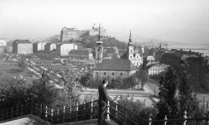 fovarosi.blog.hu: DobrenteiTer-1943-fortepan.hu-105821 - indafoto.hu