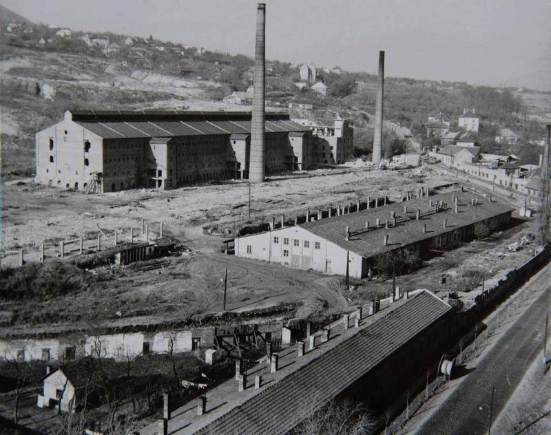 fovarosi.blog.hu: Eurocenter-Obuda-1980asEvekEleje-TeglagyariEpuletek - indafoto.hu