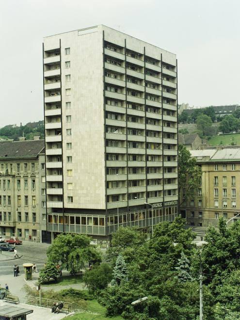 AlagutUtcaiToronyhaz-1972-fortepan.hu-04374