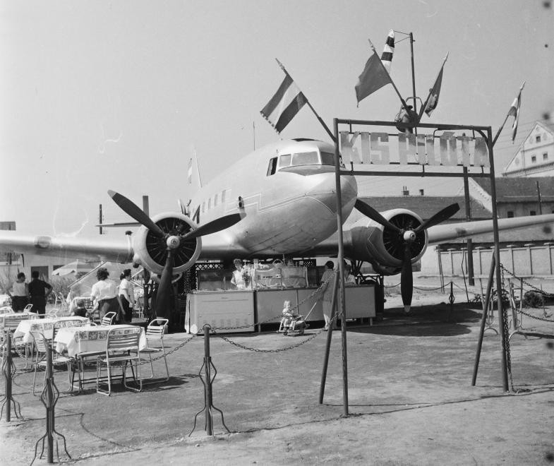MazsaTer-1963-PilotaCukraszda-fortepan.hu-113577