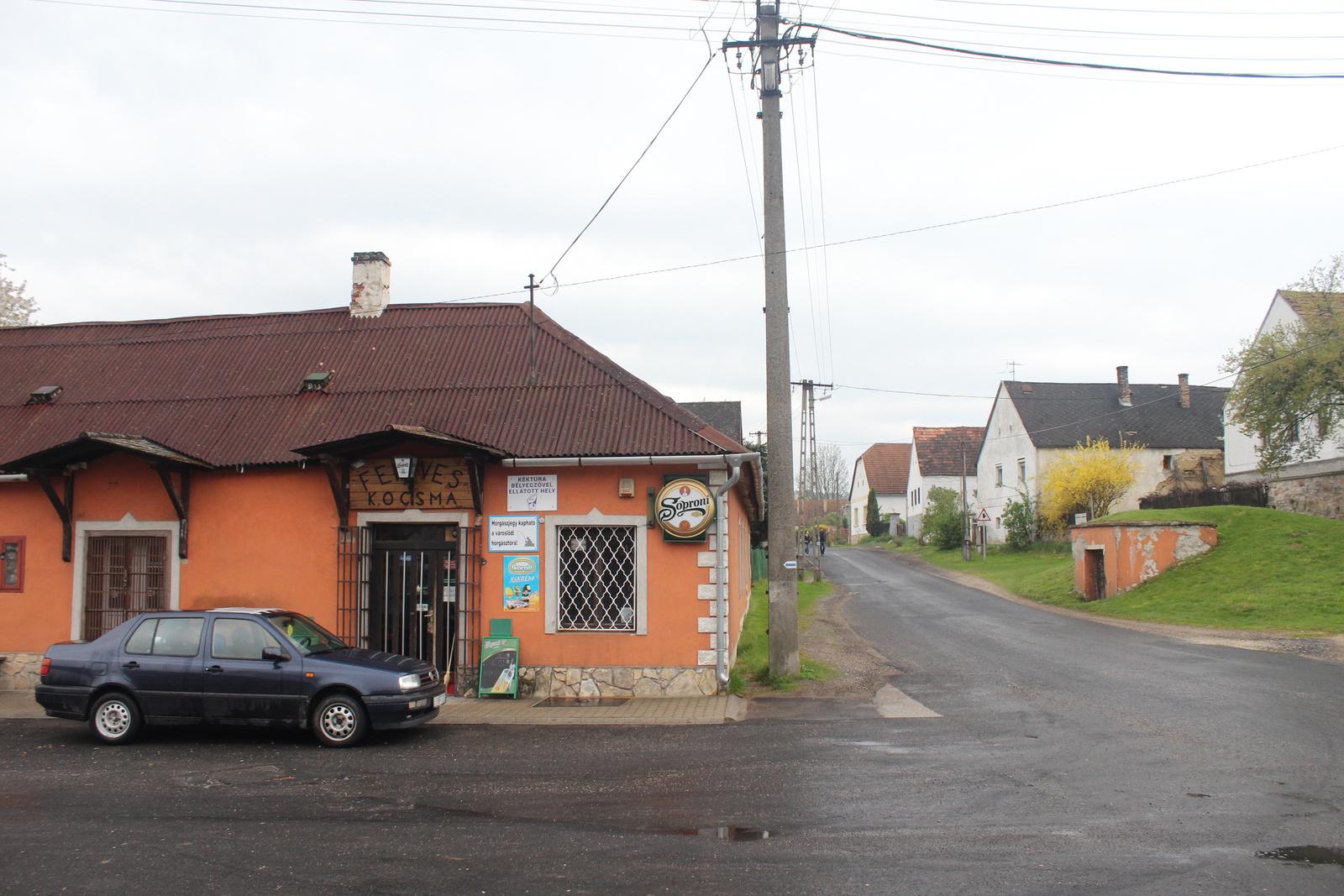 20170415-03-Varoslod-FenyvesKocsma