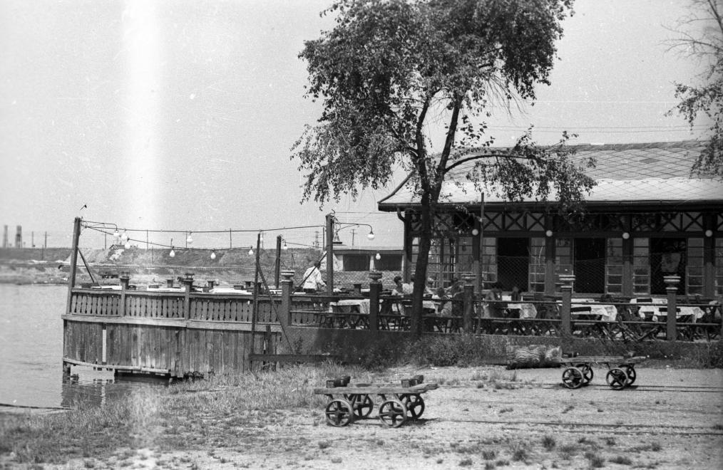 KopasziGat-1957Korul-fortepan.hu-117017