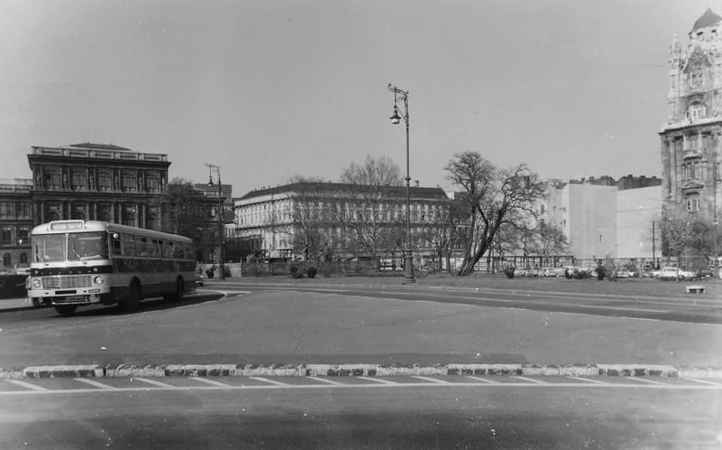 Roosevelt7-8Irodahaz-1969Korul-fortepan.hu-121111