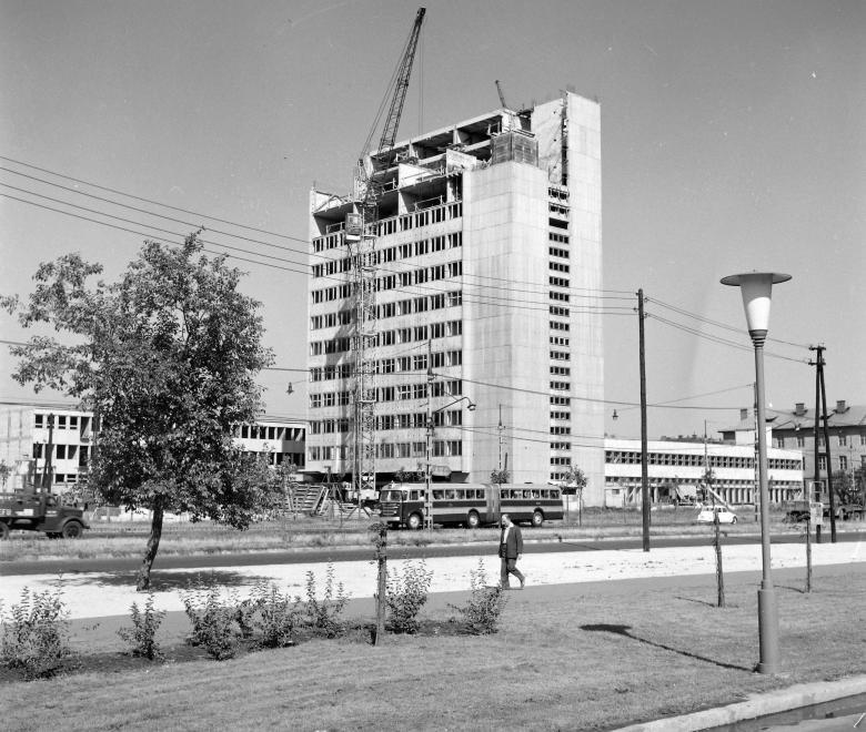 fovarosi.blog.hu: PostasHotel-1968Korul-fortepan.hu-97366 - indafoto.hu