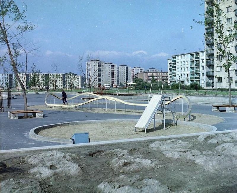 fovarosi.blog.hu: JozsefAttilaLtp-1968Korul-Nagyjatszoter-fortepan.hu-94798 - indafoto.hu