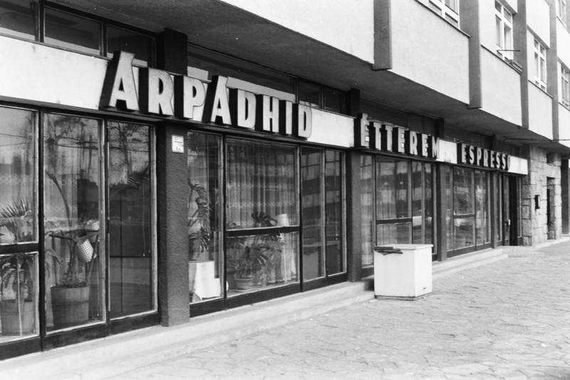 fovarosi.blog.hu: ArpadhidEtterem-1972Korul-fortepan.hu-134229 - indafoto.hu