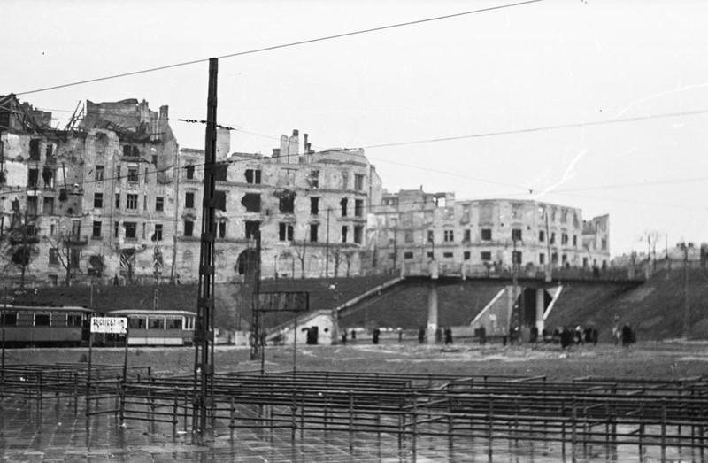 fovarosi.blog.hu: MoszkvaTer-1946-fortepan.hu-134318 - indafoto.hu