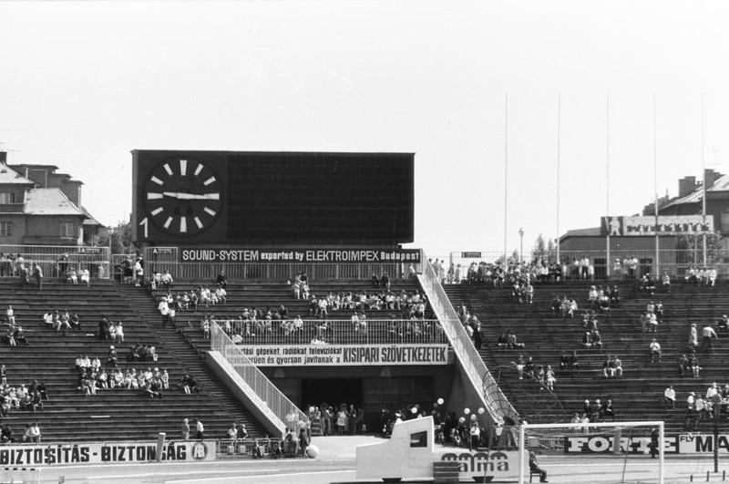 fovarosi.blog.hu: Nepstadion-1969-SZUR-fortepan.hu-133739 - indafoto.hu