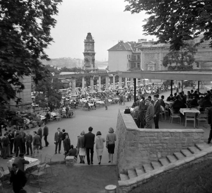 Varbazar-1963Korul-fortepan.hu-137170