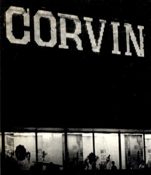 fovarosi.blog.hu: CorvinAruhaz-1969-Fenyreklam01 - indafoto.hu