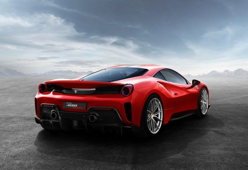 Ferrari-488 Pista-2019-1600-04