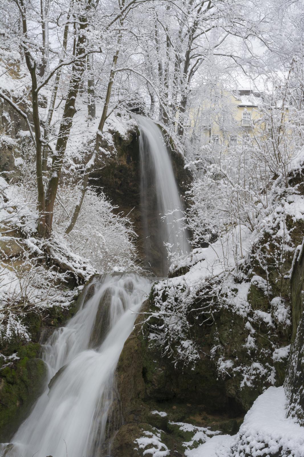 A Lillafüredi vízesés télen