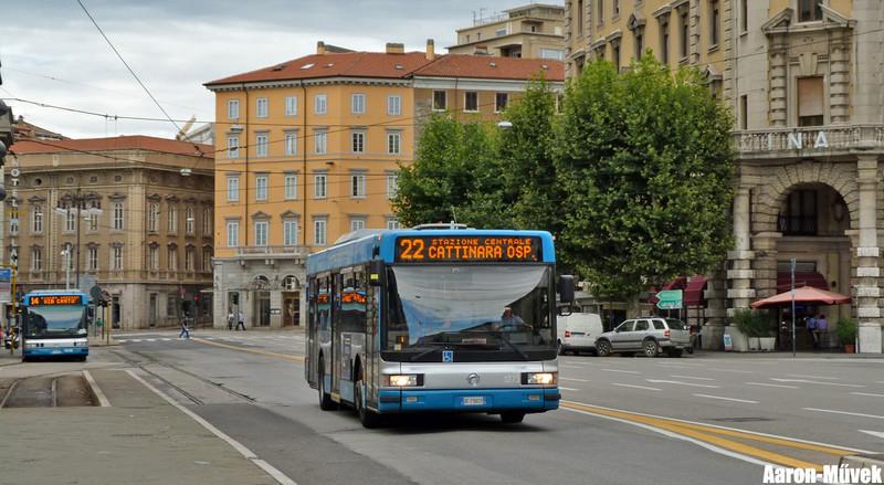 Olasz életképek III - Trieste (0)