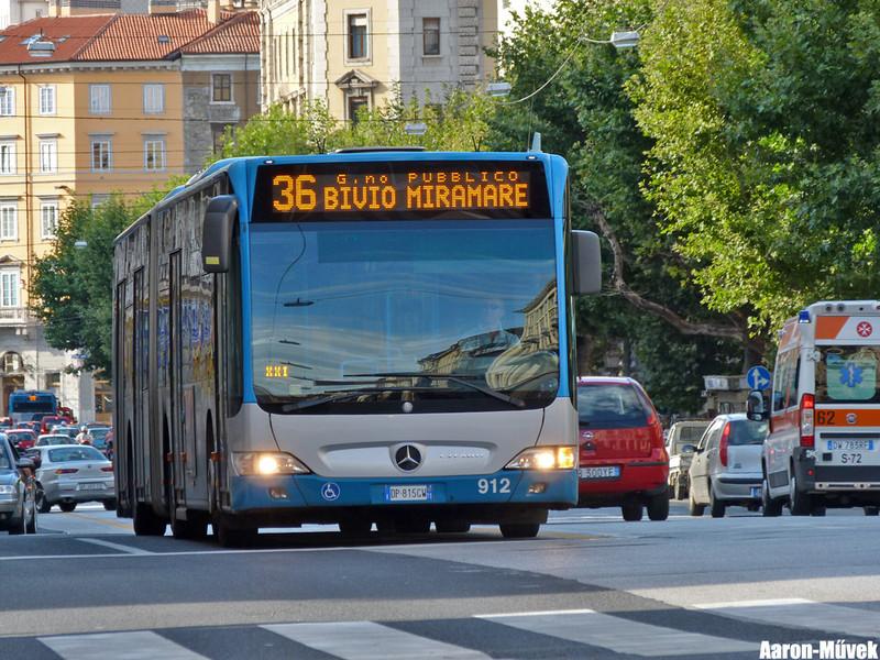 Olasz életképek III - Trieste (17)