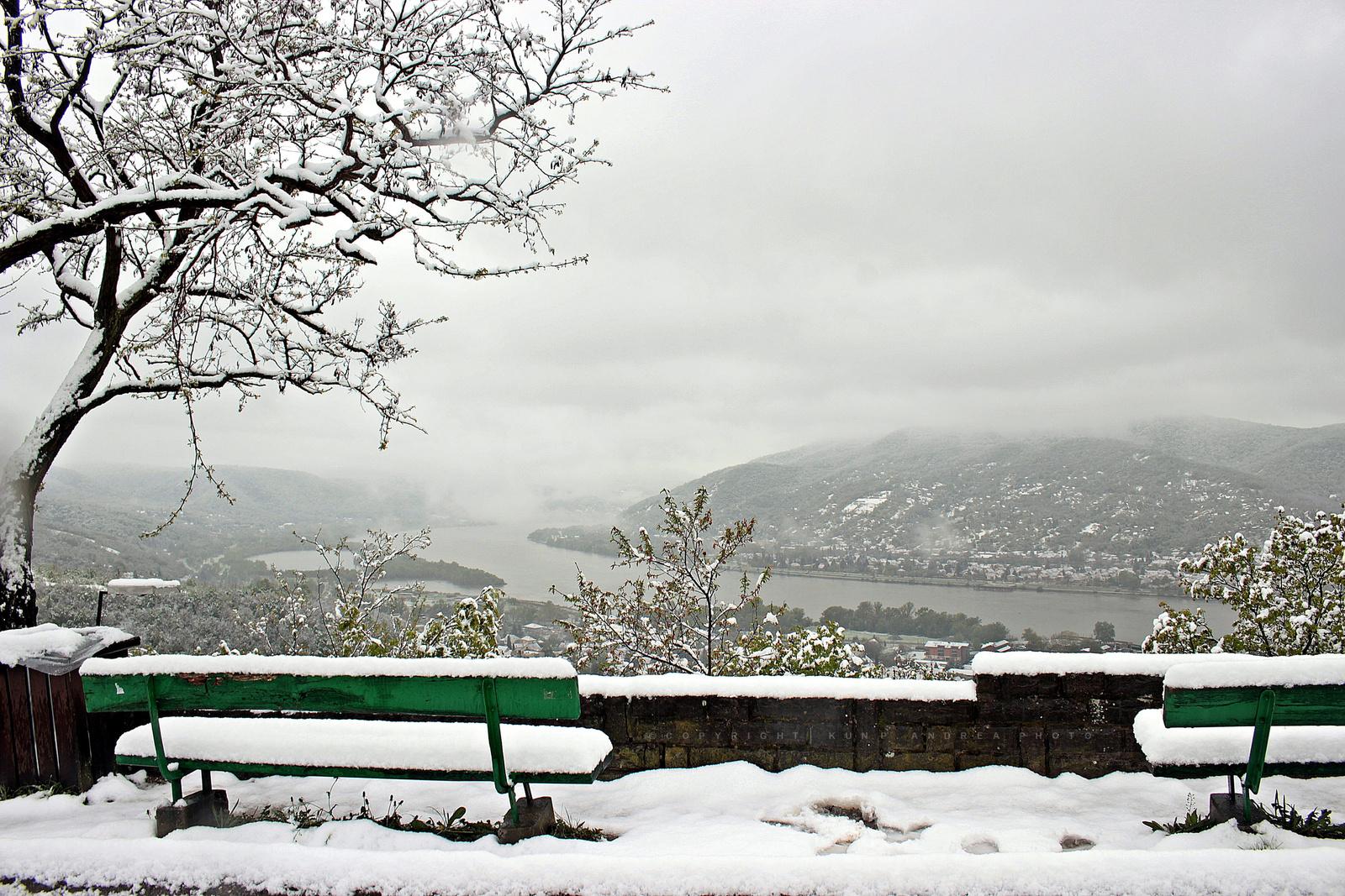Áprilisi hó