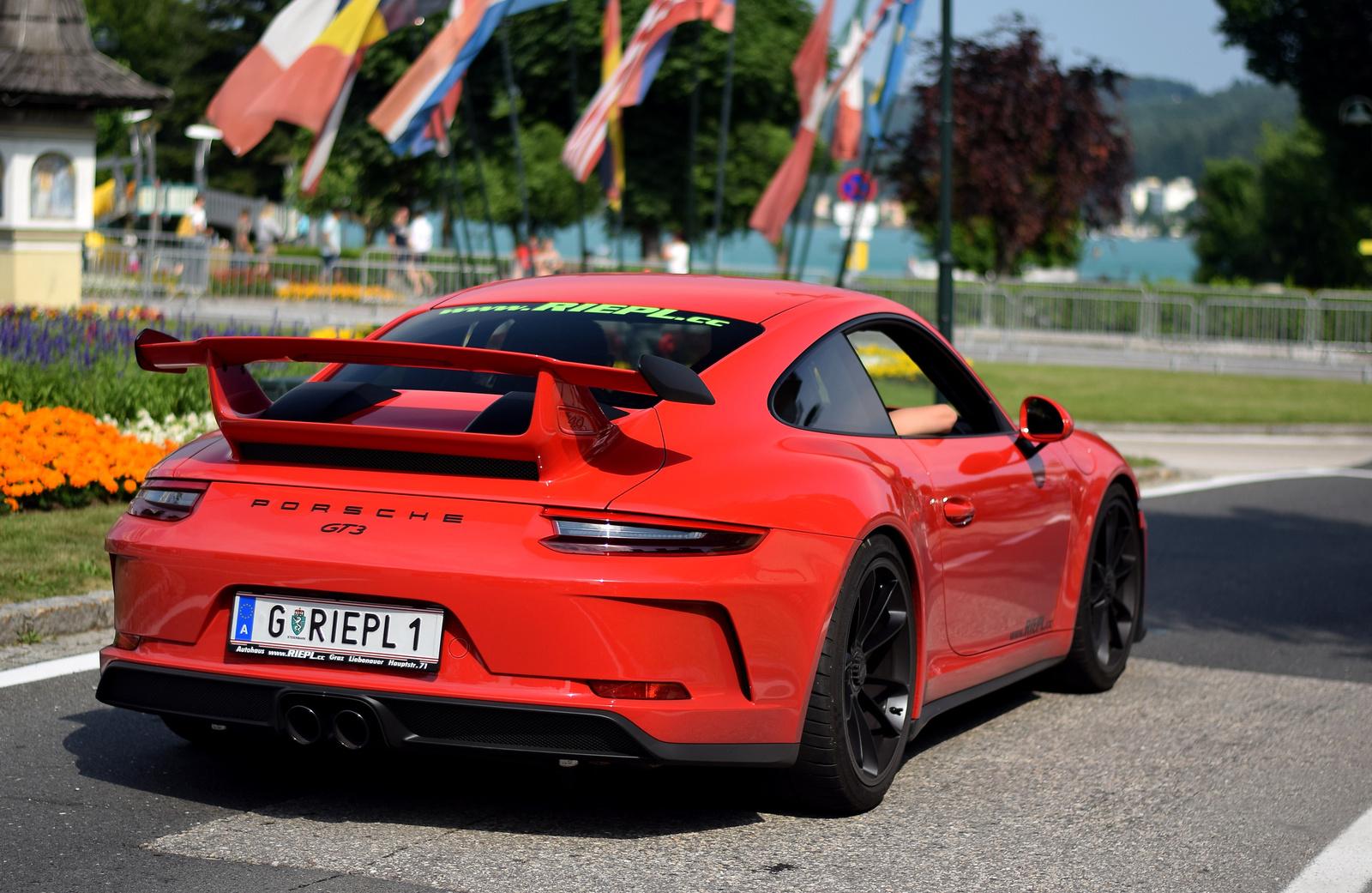 Porsche 911 GT3 MkII (991)