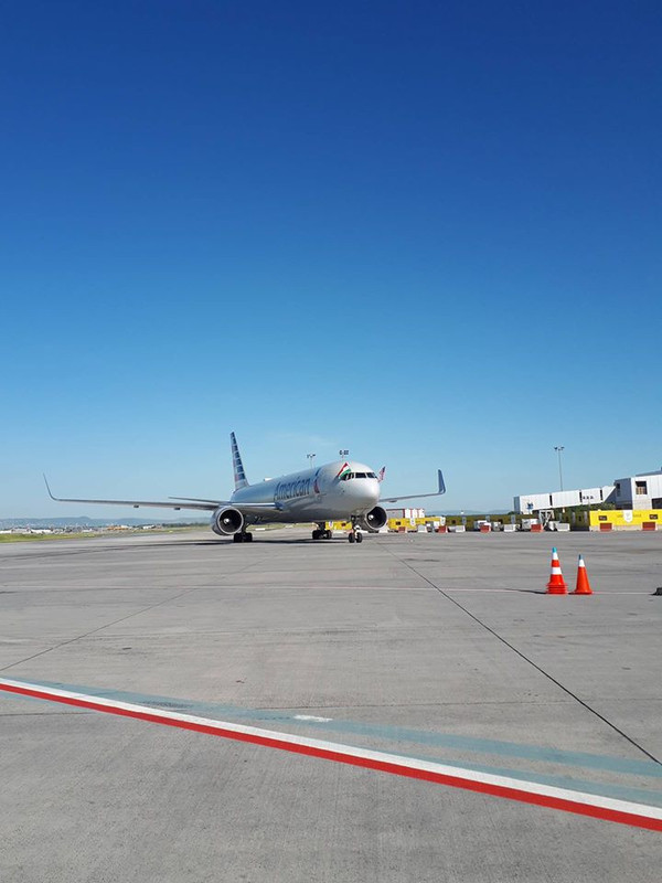 A Boeing 767-300ER már bevált transzatlanti típus - viszont a kiöregedő flotta miatt fokozatosan szabadul meg tőle az American, így lehet hamarosan már Budapest is Dreamliner célállomás lesz