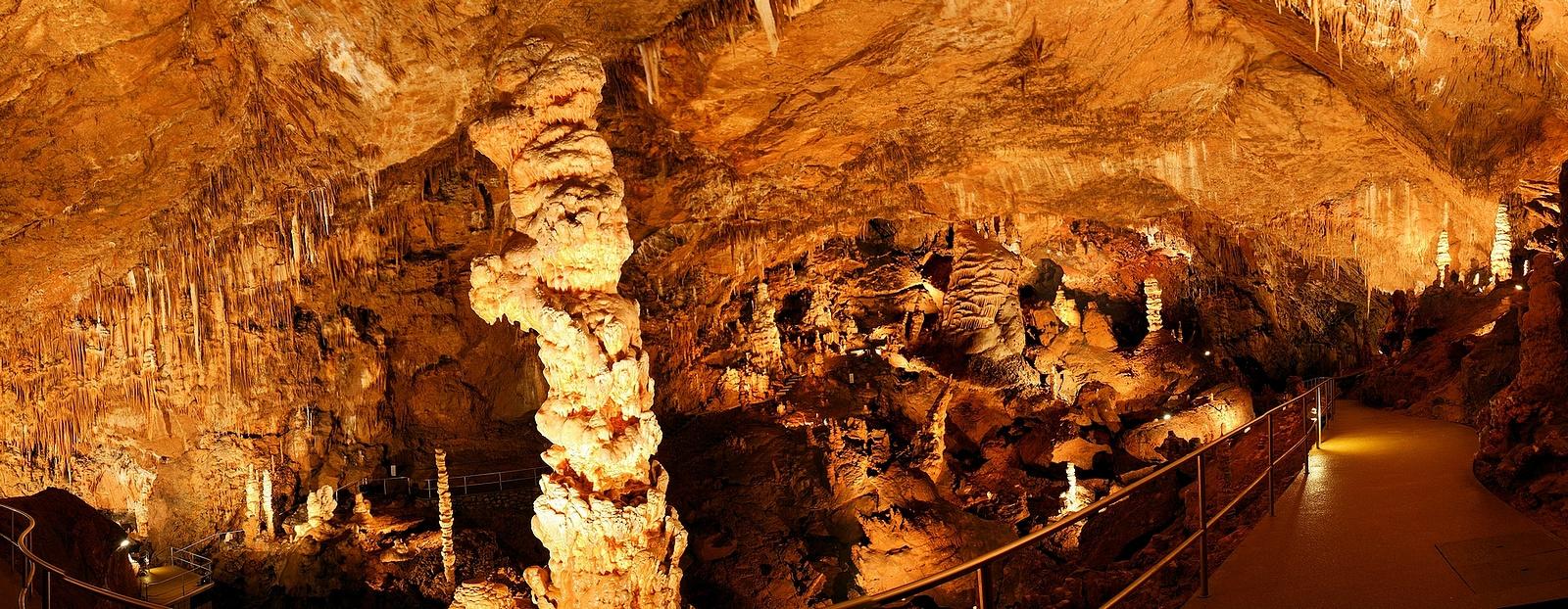 Baradla-barlang Óriások-terme