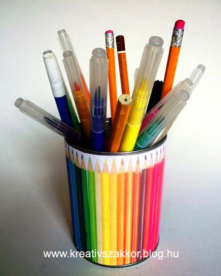 Színes ceruzatartó
